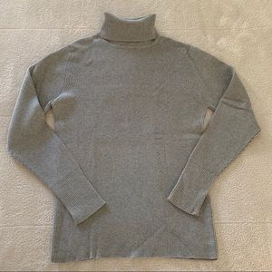 Old Navy Gray Ribbed Cotton Turtleneck Sweater L